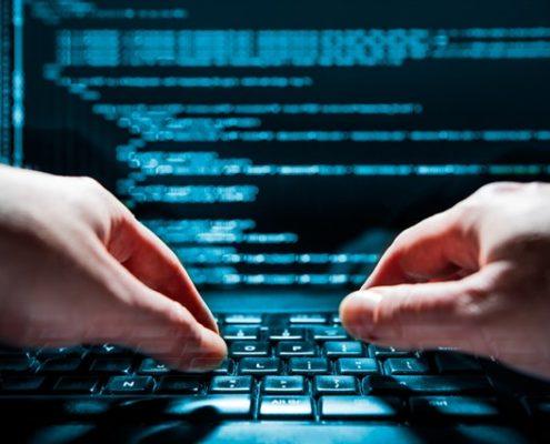 עורך דין אינטרנט ומחשבים